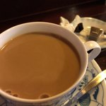 茶豆 - ★★★ 食後にコーヒーが付いてきます。ポーションミルクが苦手なので牛乳をお願いすると入れて下さいました。