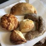 82387541 - お買い上げパン