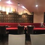 KOREAN DINING 長寿韓酒房 - 店内