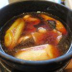 札幌蕎麦 き凛本店 - 鴨汁のアップ