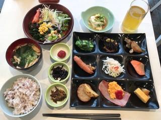 健康レストラン AURA - 医食同源朝食ビュッフェ 2200円(税込)‥‥宿泊料に込み