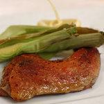 Ristorante YAMANOE - 骨付きホロホロ鶏のコンフィ、ヤングコーン