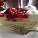 大観 - いちごのケーキ