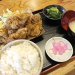 福六十  - 料理写真:カレー唐揚げ定食 950円