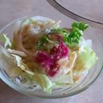 肉の万世 - サラダ