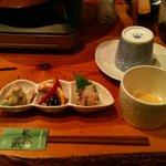 鳥蔵 - コラーゲンたっぷりの先ずは濃厚スープを飲みます。