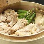 esora - 地鶏とアスパラのせいろ蒸し(鳥取産大山鶏)