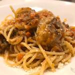 トラットリア ラ・ヴォーチェ - 国産豚肉とスパイストマトソース