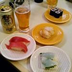 魚べい - 料理写真:まぐろ、つぶ貝、こういか