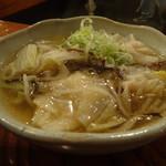池林房 - 旬野菜のワンタンスープ580円