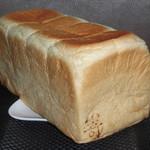 82407349 - 極美ナチュラル食パン(1本) 900円