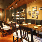 イカリヤ食堂 - 1階店内