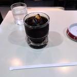 アミーコ - アイスコーヒー。