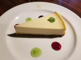 アートカフェ エレバート - ニューヨークチーズケーキ