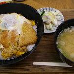 8243202 - 煮詰まった750円かつ丼