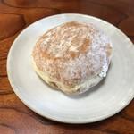 政次郎のパン - 木イチゴドーナッツ