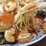 広蘭飯店 - 料理写真:名物!海鮮焼きそば