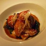 オーベルジュ ド プリマヴェーラ - 魚料理:本日の鮮魚 シェフおすすめのスタイルで。オマール海老、醤油ベースのソース美味☆