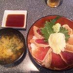 しゅうと - 漬けマグロ丼800円
