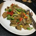 中国精進料理 凛林 - 牛ロース肉と冬野菜炒め