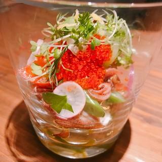 「葉山農家の野菜を中心にご提供!!」