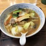 ぎょうざの満洲 - 料理写真:生姜野菜ラーメン 0. 5玉