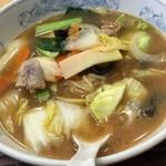 ぎょうざの満洲 - 生姜野菜ラーメン 0. 5玉