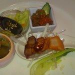 鮮魚・中華居酒屋 愛香楼 - 前菜盛です。
