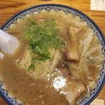 82450367 - ワンタン麺