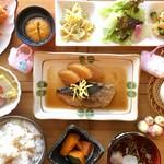 花菜ごよみ。 - 日替りランチ(920円)