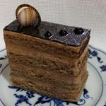 クインズケーキ - オペラ400円