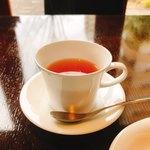 82457404 - ダージリン・マカイバリ、マスカットフレーバーを強く感じる美味しい紅茶。