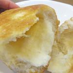 ハローブラウン - 発酵バター入りのマーガリンを巻き込んで焼成してあります。