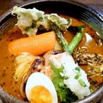 82458916 - 厚切り豚ロースの西京焼きと春野菜のスープカレー  1600円
