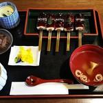 松山 - 田楽定食(豆腐田楽、吸物、茶碗蒸し、小鉢、漬物、ご飯)(842円)