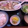 春華苑 - 料理写真:八宝菜定食=880円