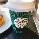 スターバックス・コーヒー - トールムースフォームラテ
