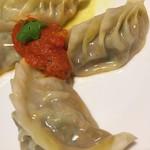 トッピングのネパール餃子(モモ)4個