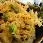 82480857 - ホタテ・野菜のかき揚げ丼