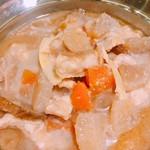 浜焼太郎 - モツ煮