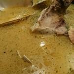 魚とワインhanatare - アクアパッツァ  選んだ鮮魚の他に貝もたっぷり