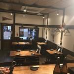 お食事と本格焼酎の店 蓮華茶屋 - 最大で着席19名。コースご注文で10名様から貸し切りいただけます。