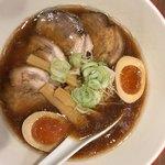 麺や134 - 正油チャーシュー麵味玉