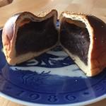 パン・ド・カンパーニュ - 料理写真:あんぱん