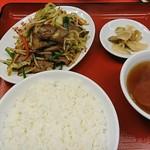 梅華楼 - レバニラ炒め定食