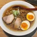 麺や 七彩 - 「味玉らーめん(醤油)中盛」970円