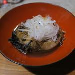 鶴我 - 会津鯉の山椒葡萄酒煮