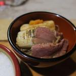 鶴我 - 桜カルビ鍋 溶き卵ですき焼き風に3