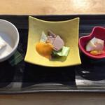 82514156 - そば前3種(豆腐、合鴨、ピクルス)