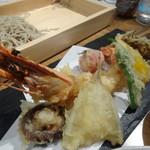 蕎麦と日本酒 八福寿家 - 天ぷら